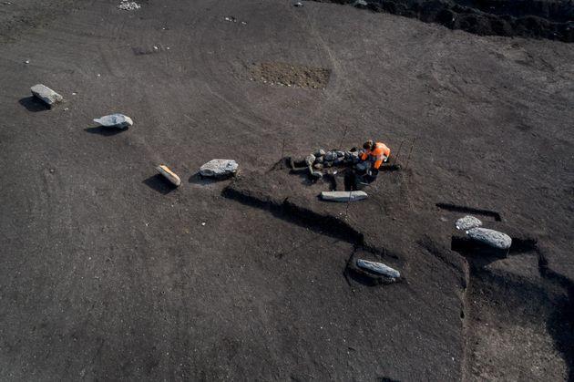 C'est un alignement exceptionnel qui a été découvert par les archéologues...