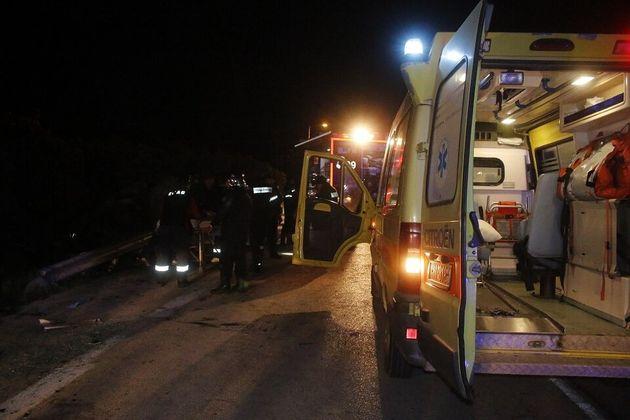 Αλεξανδρούπολη: Τουλάχιστον 6 νεκροί και 10 τραυματίες σε τροχαίο με