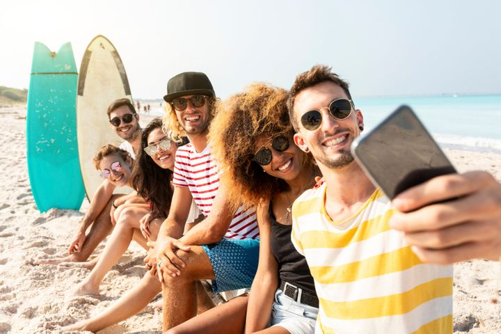 The study doesn't account for group selfies, or any selfies including someone other than yourself.