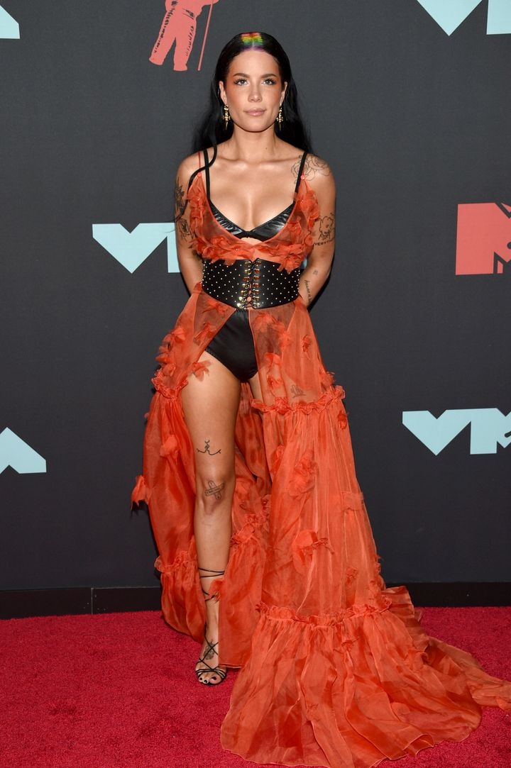 Halsey rocking the red carpet at the 2019 MTA VMAs.