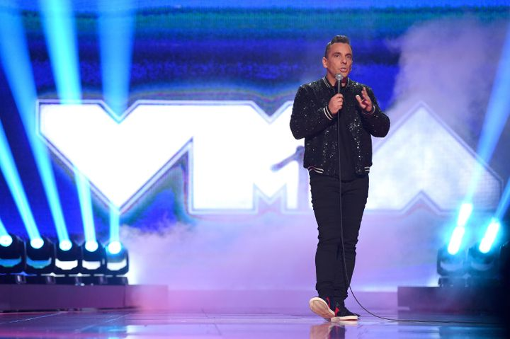 Sebastian Maniscalco's 'Triggered' And 'Safe Spaces' Bit Falls Flat At MTV VMAs