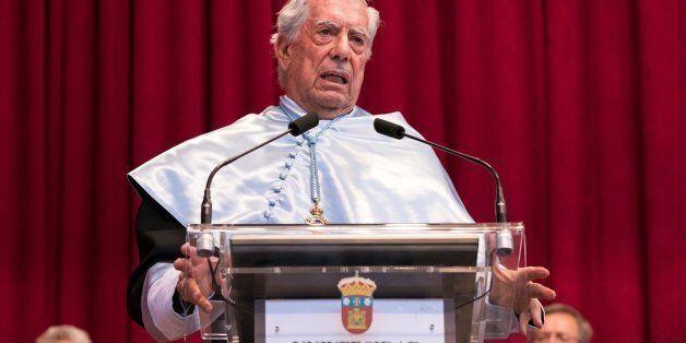 Vargas Llosa, crítico con el Nobel a Dylan: