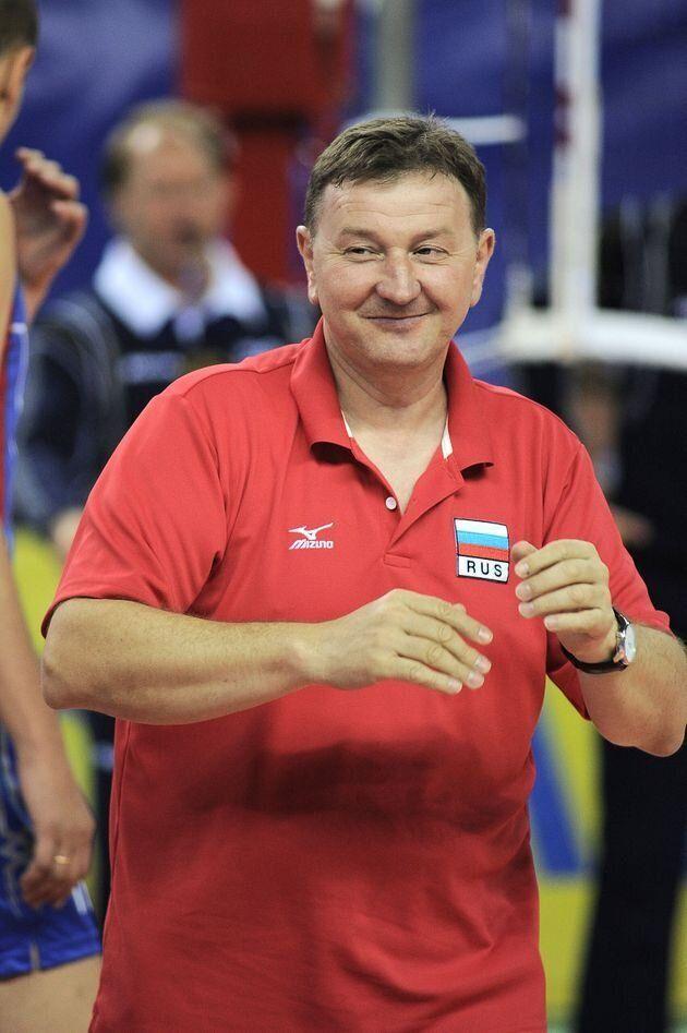 '눈 찢기' 세리머니한 러시아 여자배구 코치에게 국제배구연맹 차원 징계