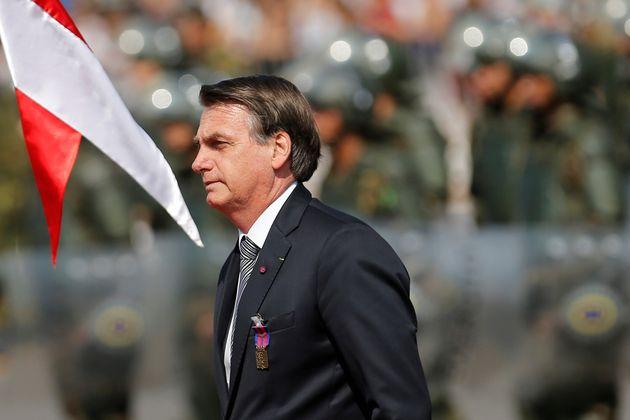 Le Brésil rejette l'aide du G7 pour combattre le feu en