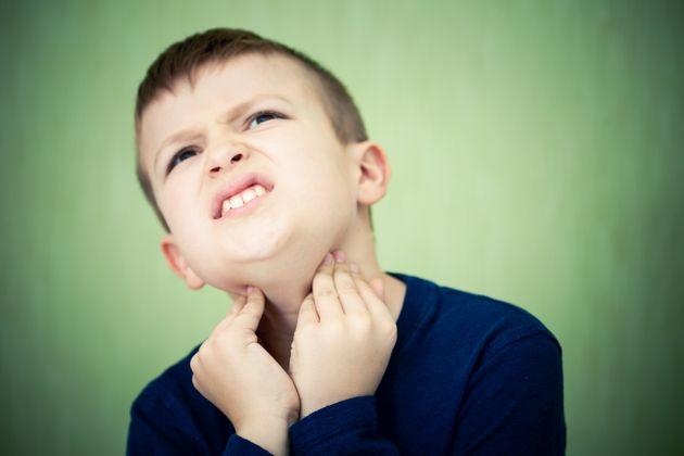 목감기에 걸린 아이가 강박 장애나 틱장애에 걸릴 위험이 더 높은