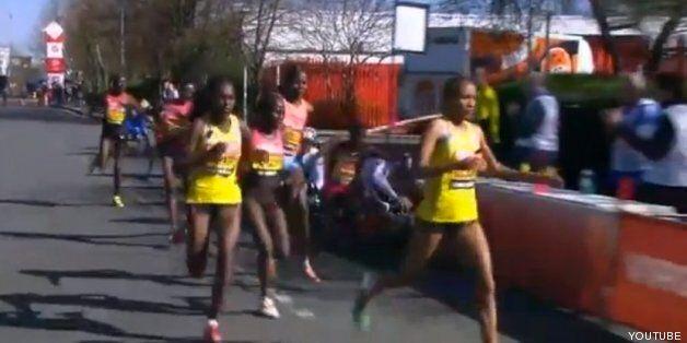 Un atleta en silla de ruedas atropella a otra participante en el maratón de Londres