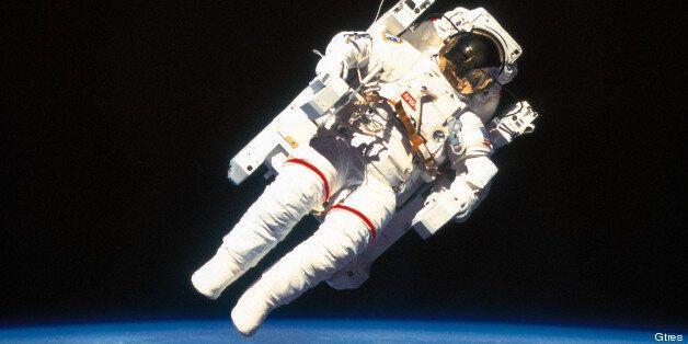 Sexo en el espacio: ¿Se puede practicar? ¿Es posible gestar un bebé en gravedad