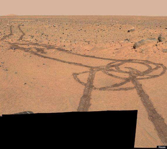 Pene en Marte: un vehículo de la Nasa lo dibuja accidentalmente