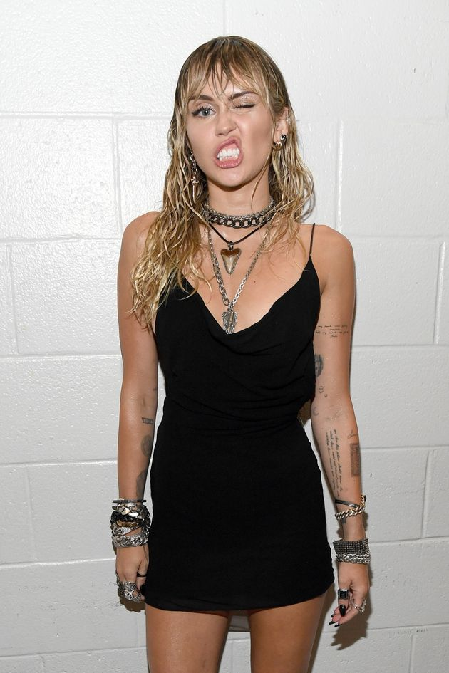 NEWARK, NEW JERSEY - AUGUST 26: Miley Cyrus backstage during the 2019 MTV Video Music Awards at Prudential...