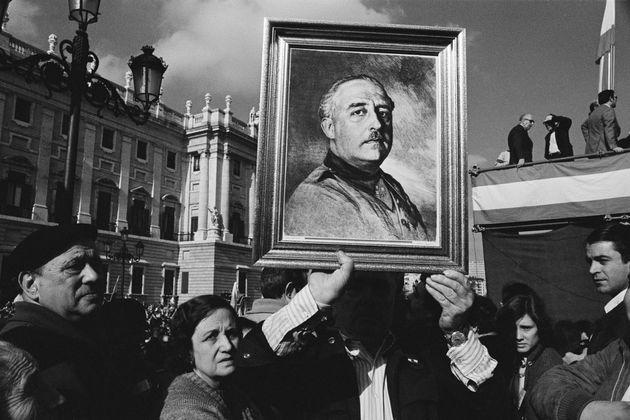 Nostálgicos de Franco conmemoran el sexto aniversario de su