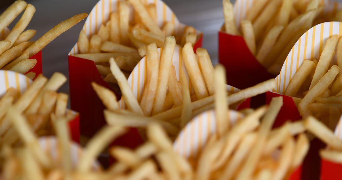 Como fazer batatas fritas do McDonald's em casa