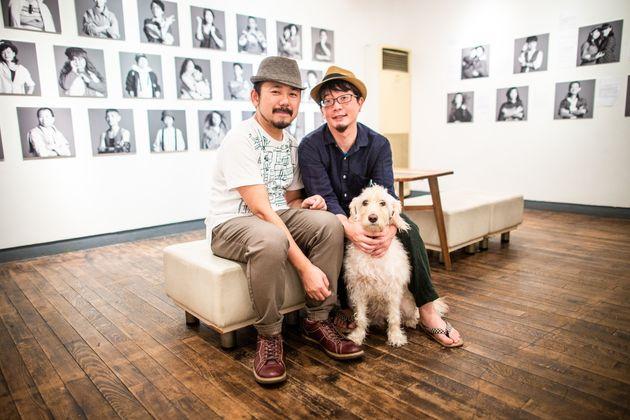田中昭全さん(左)とパートナーの川田有希さんは、2019年2月に結婚の自由を求めて国を相手取り提訴した同性婚訴訟の原告カップルの一組