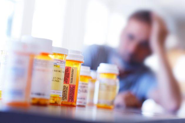 Big Pharma alla resa dei conti sulla strage da oppioidi. Purdue offre 12 miliardi per
