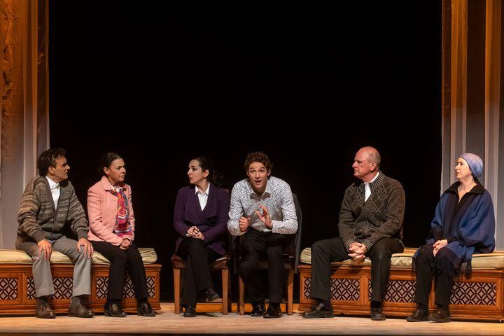 La pièce «Comment je suis devenu musulman» est écrite et mise en scène par Simon Boudreault.