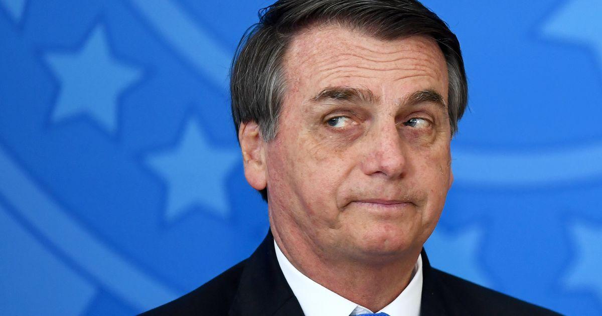 Após crise diplomática com Macron, Bolsonaro apaga comentário sobre primeira-dama da França