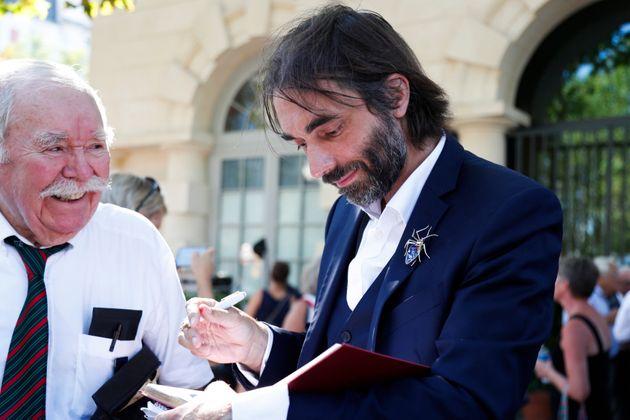 Le député-mathématicien Cédric Villani se prépare à dévoiler ses intentions pour les élections municipales...