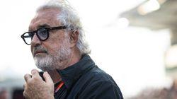 Briatore offre lavoro a Montecarlo. Sui social insorgono: