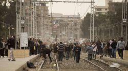 Los seguidores de Morsi atacan a los opositores que acampaban en el palacio