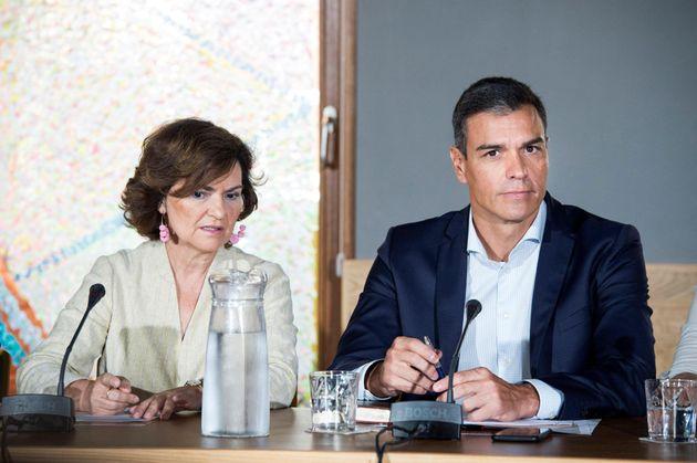 Carmen Calvo y Pedro Sánchez este