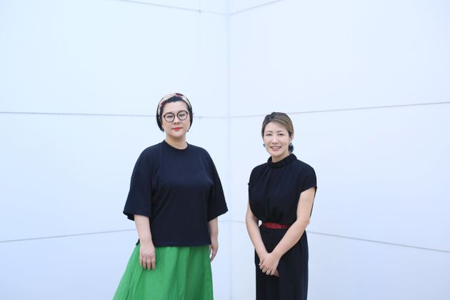 (左から)コラムニストのジェーン・スーさんと脳科学者の中野信子さん