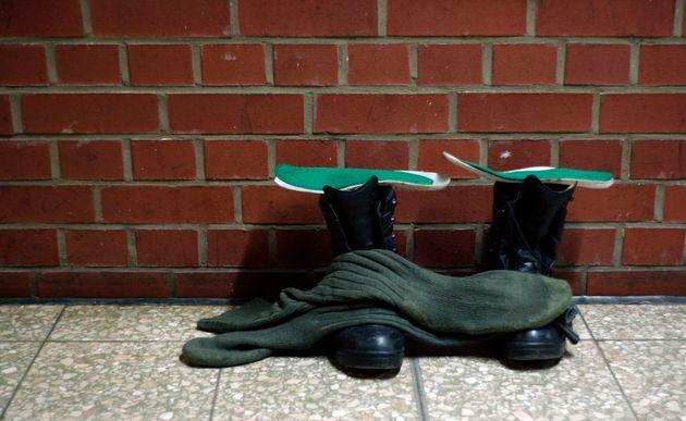 Γερμανία: Ο στρατός ξέμεινε από μπότες και λέει στα στελέχη του να περιμένουν μέχρι το
