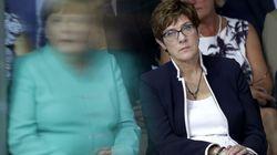 Η γερμανική ακροδεξιά βάζει βόμβα στα θεμέλια της κυβέρνησης