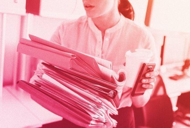 Alguns gerentes e colegas pensam que pessoas solteiras não têm vida fora do trabalho e não...