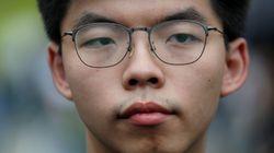 Arrestato il leader della protesta a Hong Kong, cancellata la