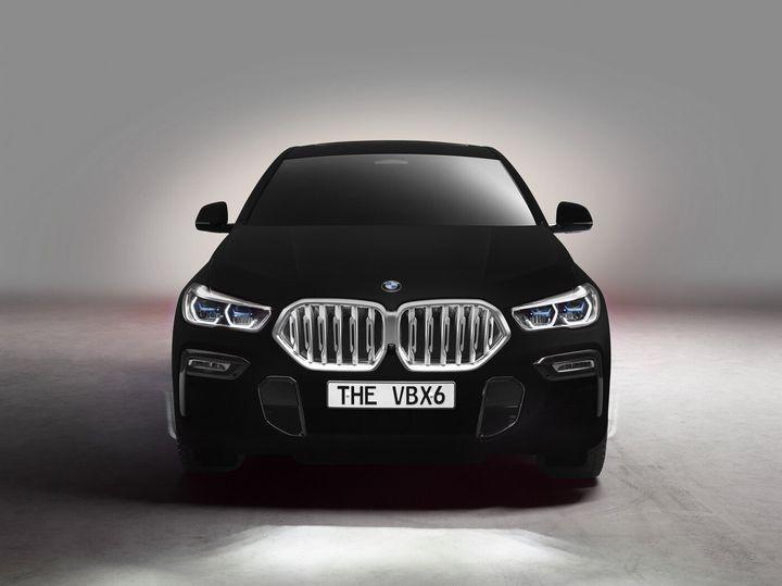 BMW X6 '밴타블랙'.