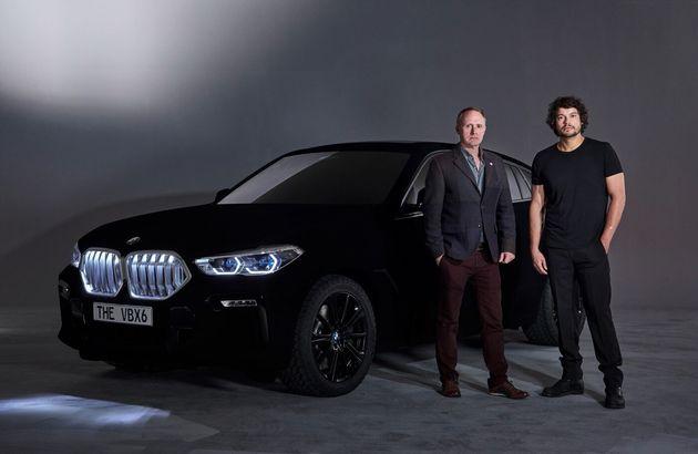 BMW가 '세상에서 가장 어두운' 검정색을 입힌 X6 밴타블랙을