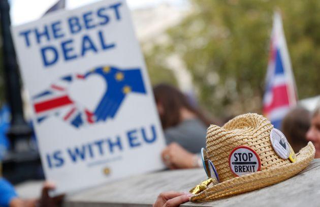 Βρετανία: Απορρίφθηκε προσφυγή κατά της αναστολής λειτουργίας του