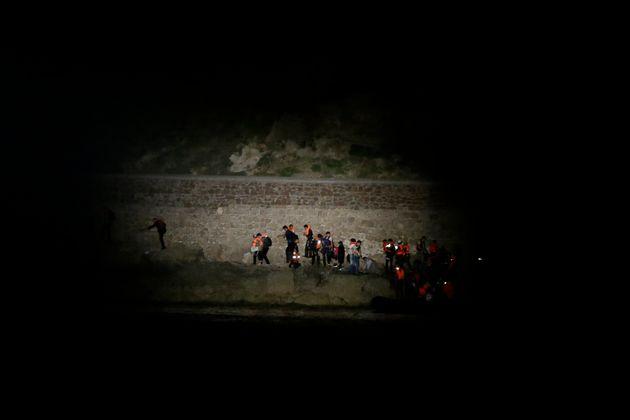 Διάβημα Δένδια στον Τούρκο πρέσβη για την αύξηση των μεταναστευτικών