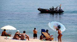 La policía desaloja una playa en Badalona tras hallar un artefacto