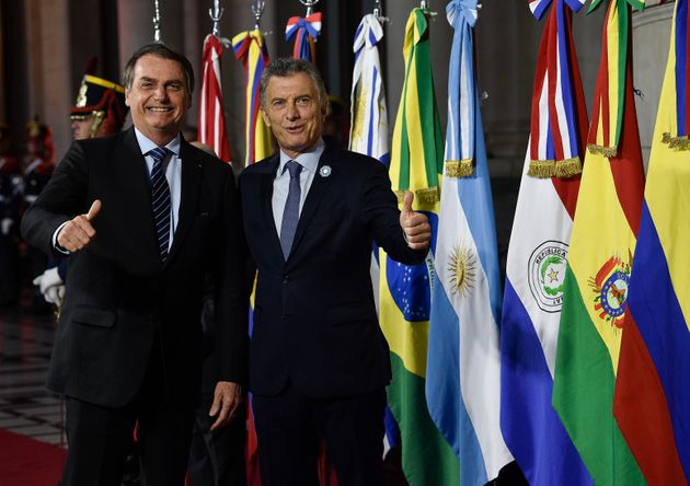 Bolsonaro apoia o atual presidente argentino, Mauricio Macri, na disputa com o peronista Alberto