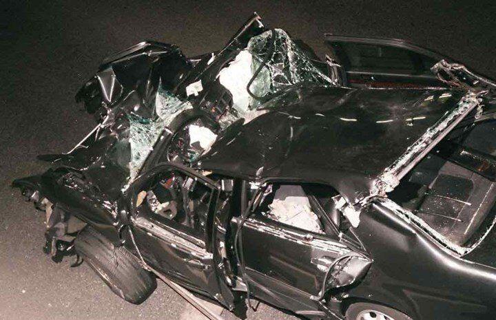 Το αυτοκίνητο μέσα στο οποίο βρισκόταν ηπριγκίπισσα Νταϊάνα και συγκρούστηκε.