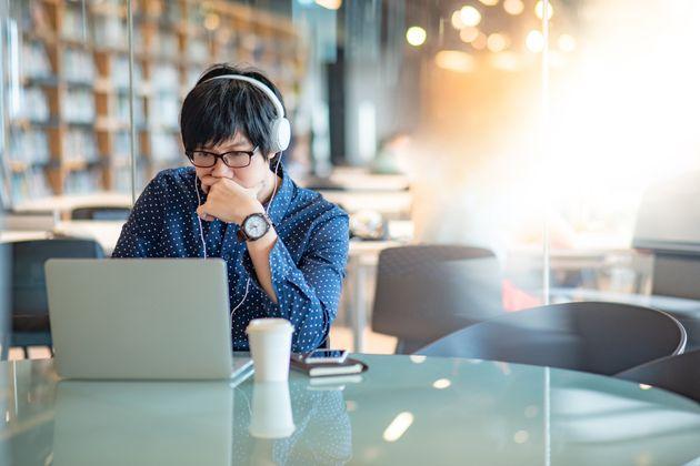 La musique aide-t-elle à se concentrer? Ça