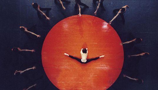 Τα Μπαλέτα Béjart στο Ηρώδειο με τους «7 Ελληνικούς Χορούς» του Μίκη Θεοδωράκη και το «Bolero» του