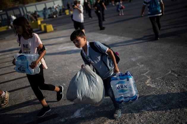 Προσφυγικό: Κινήσεις αποσυμφόρησης των νησιών του