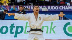 Un judoka iranien accuse son pays de l'avoir forcé à perdre pour éviter un combat avec