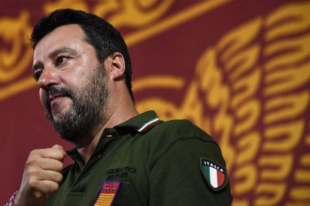 Da Capitano a #Capitone, la caduta di Salvini parte dai