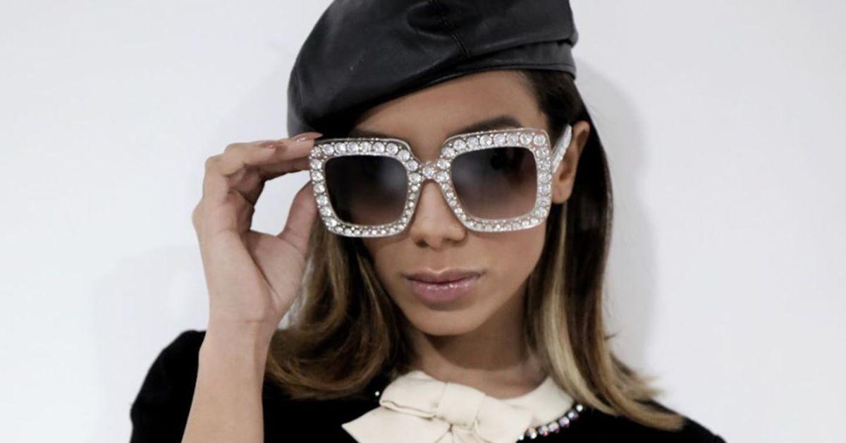 Anitta suspende agenda de shows após diagnóstico de cansaço crônico, diz site