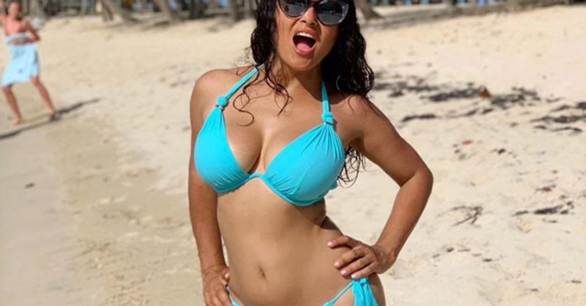 "Salma Hayek célèbre son anniversaire en bikini : ""J'ai 53 ans et alors?"