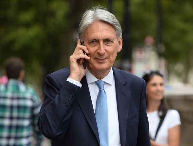 Philip Hammond Promises Boris Johnson Fight Of A Lifetime If PM Tries To Force Him Out Of Tory Party