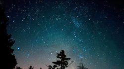 眠れぬ夜は星空を眺める