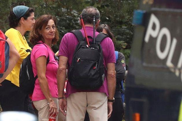 La hermana de Blanca Fernández Ochoa, Dolores Fernández Ochoa, durante la jornada de búsqueda...