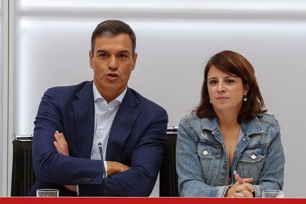 Pedro Sánchez y Adriana