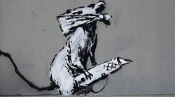 Opera di Banksy rubata fuori dal Centre Pompidou a Parigi. È la seconda dall'inizio