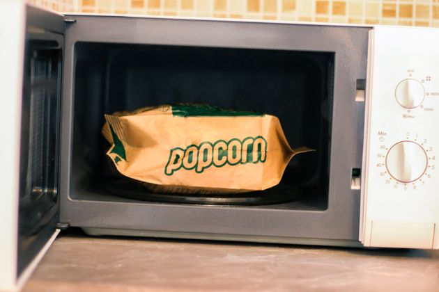 Microwave popcorn,fast-food wrappers and pizza boxes have been found to contain