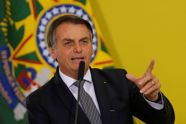 """Bolsonaro:""""Não é para me defender ou defender quem quer que seja, é..."""