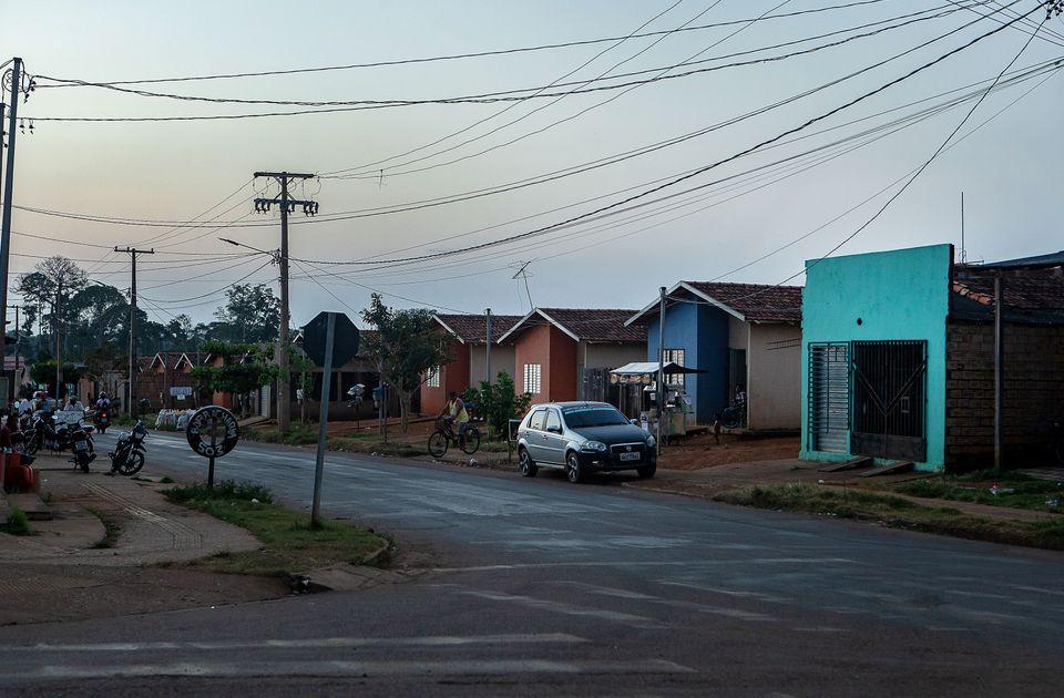 Rua do Reassentamento Urbano Coletivo (RUC) Água